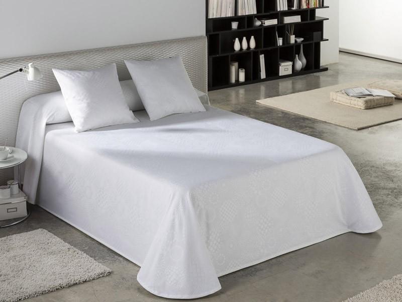 Colcha/Cubrecama tejido jacquard LLANES color blanco óptico